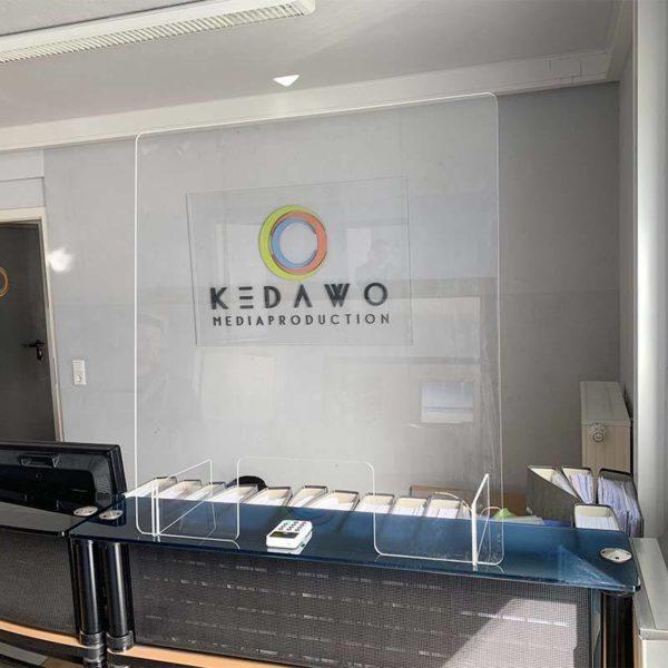 Spuckschutz schräg gegen Tröpfcheninfektion - KEDAWO